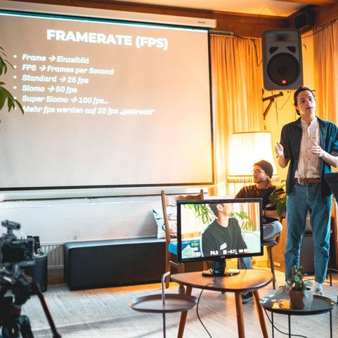 Film Workshop mit Thomas Stanglechner, Niklas Hugo Schwärzler und Daniel Hager in der Guten Stube Andelsbuch.