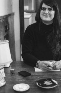 Simone Angerer Creative Director und Hosting Die Gute Stube Andeslbuch. Foto by Angela Lamprecht.