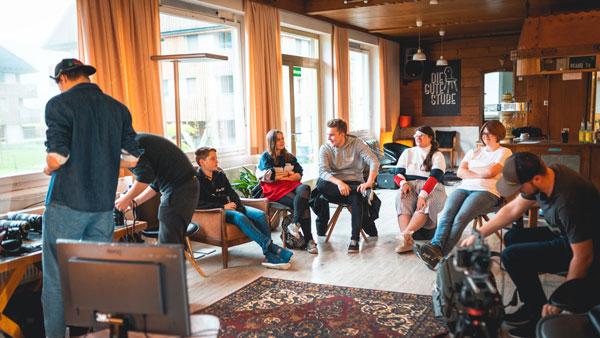 Workshop Gruppe im Salon der Guten Stube Andelsbuch.
