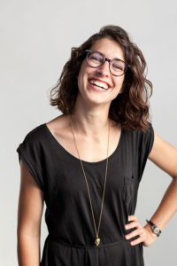 Anja Pircher ist Stubenartist in der Guten Stube in Andelsbuch und leitet Kreativworkshops.