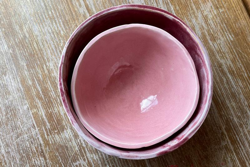 Schüsseln und Schalen töpfern in der Guten Stube Andelsbuch. Keramik Workshop in der Töpferstube in Andelsbuch.