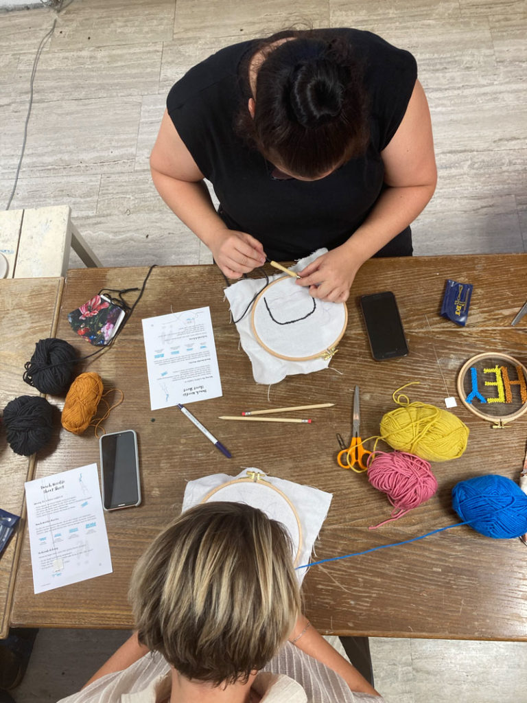 Punch Needle Workshop in der Guten Stube Andelsbuch mit Sarah Halbeisen von Look What I Made.
