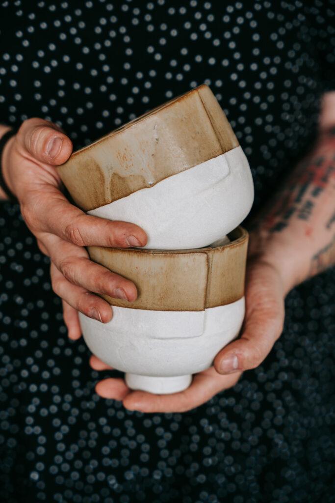 Keramik glasieren in der Guten Stube Andelsbuch. Glasur-Workshop Fotos von Pia Pia Pia Berchtold.